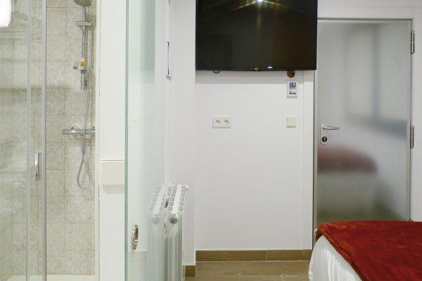 habitacion-doble-interior-carola-lo-bilbao-01